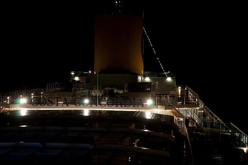 День четвёртый. Канары. Тенерифе. Круиз на Costa Concordia. Конкордия в огнях - прекрасна и таинственна.