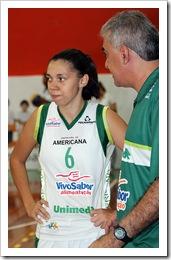 Tássia Carcavalli