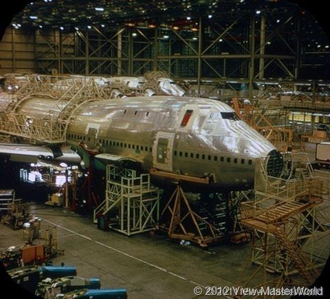 View-Master Pan Ams 747 (B747), Scene 1_1: Construction in Everett Plant