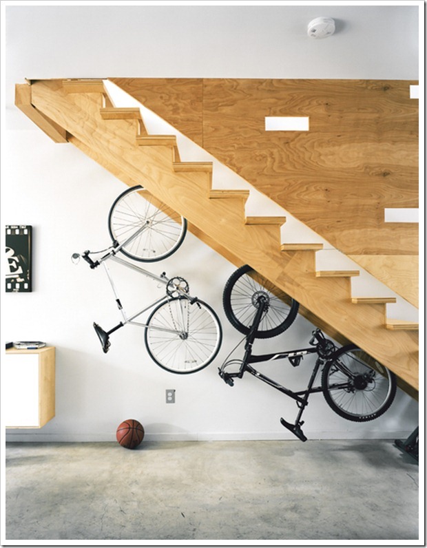 Ludeman-100k-house-bike-storage-staircase