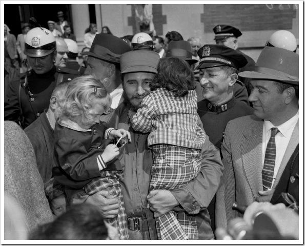 fidel-castro-bronx-zoo-1959 (3)