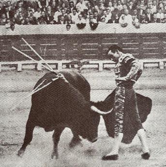 1934-09-18 Tetuan de las V (con M Bienvenida) 001