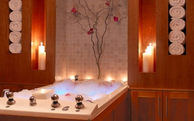 romantic-bubble-bath-600x375