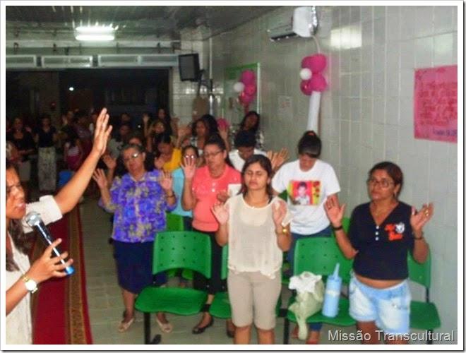 mulheres orando 4