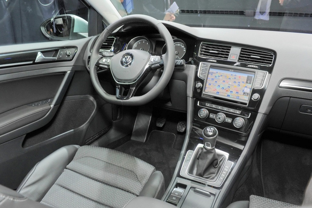 car of the future - 2013 volkswagen golf 7 introduced in berlin