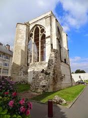 2014.09.11-014 vestige de la collégiale St-Barthélémy