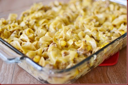 I love a dinner that can be confined to a casserole dish Enchilada Pasta Casserole