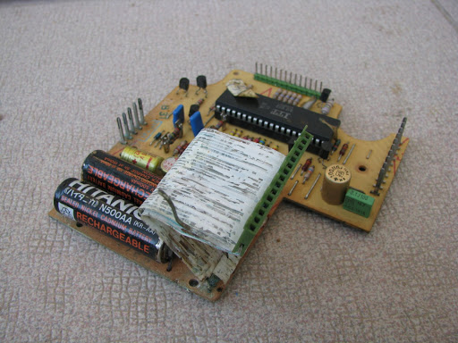 Damaged BMW E23 SI board