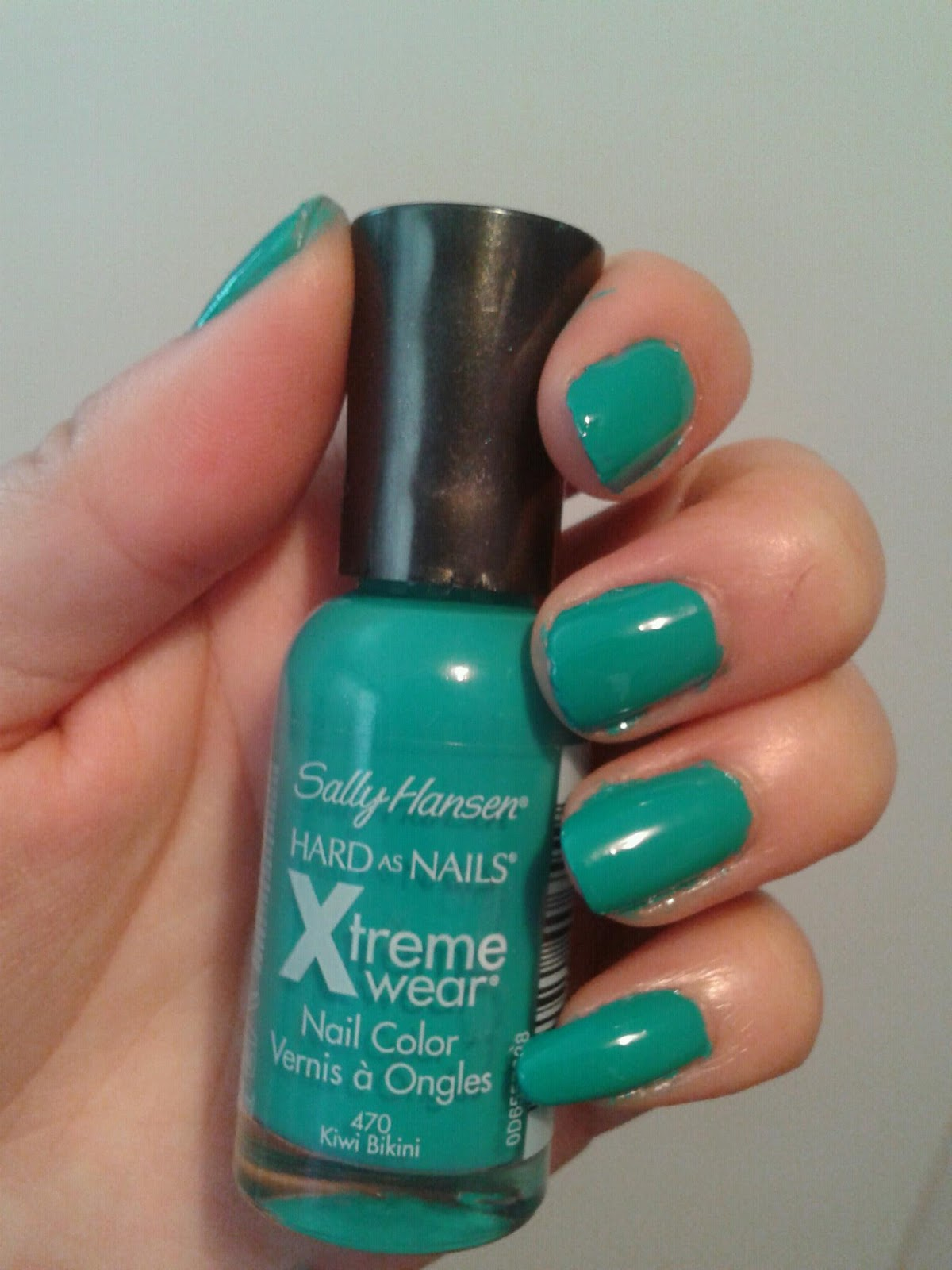 NOTD: Sally Hansen\'s Hard as nails Xtreme wear Nail Color in Kiwi ...