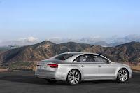2014-Audi-A8-21.jpg