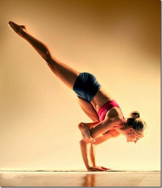 girls-stretching-yoga-036