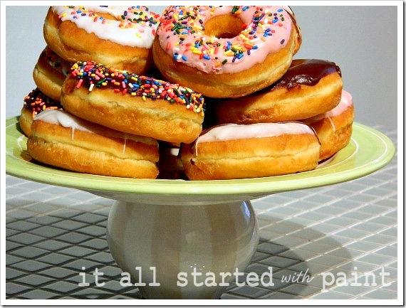 Cake Plate Donut Closeup (550x413) (2)