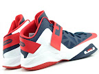 usabasketball lebrons zs6 whitenavy 02 USA Basketball