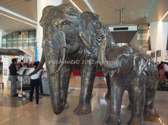 bronze elephants