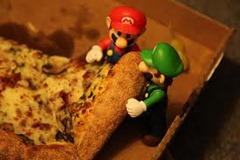 Mario & Luigi's