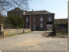 Walsbets, Cl. Gregoirestraat: kasteelhoeve