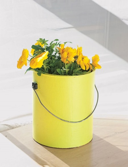 76-paintcan-planter450