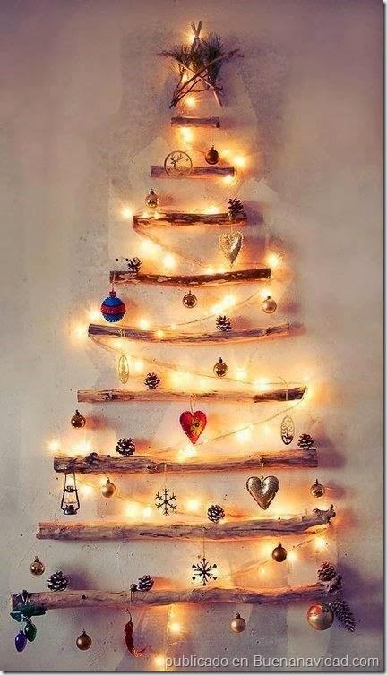 arbol-de-navidad-hecho-de-troncos-de-madera