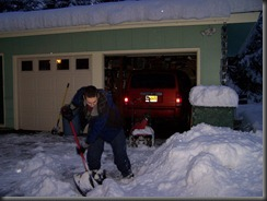 Shovel, shovel, Max.