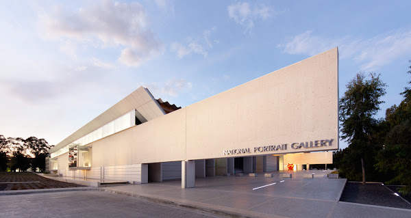 National_Portrait_Gallery_building 4.jpg