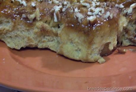 honey-caramel-sticky-buns 033
