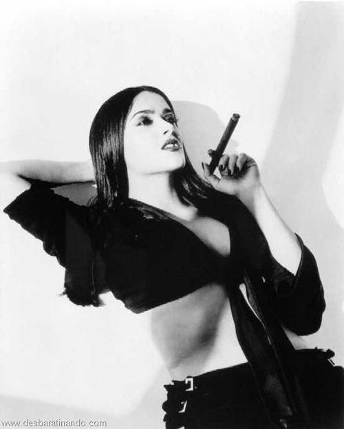 salma hayek linda sensual sexy sedutora gostosa peituda boob tits desbaratinando  (37)