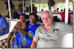 Reverte-navegando-el-Tanganyka-en-el-Liemba