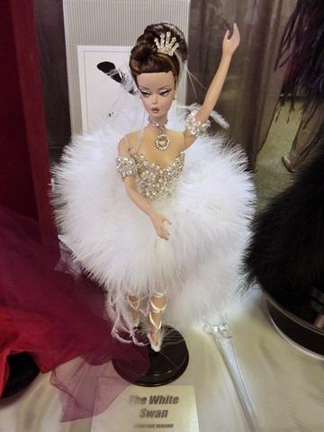Madrid Fashion Doll Show - Barbie Artist Creations 16