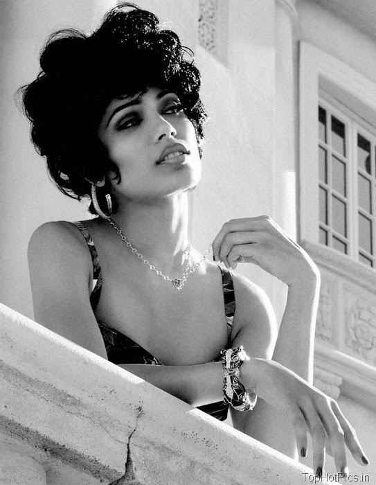 Freida Pinto Sexy 2012 Pics from Magazine 6