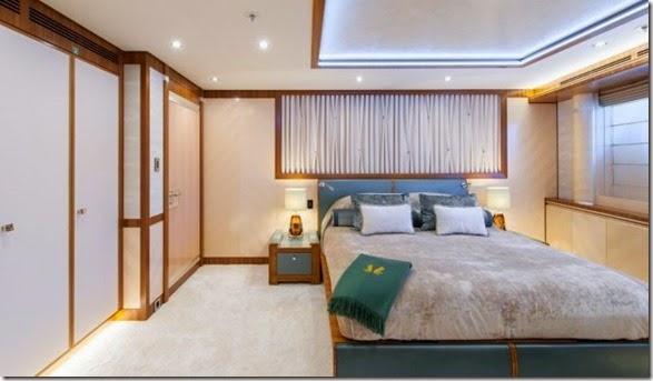 yacht-rental-rich-027