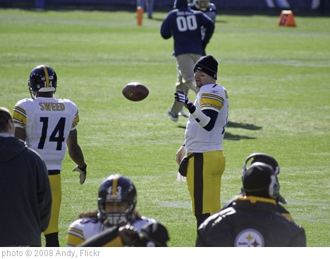 'Roethlisberger Warm-Up' photo (c) 2008, Andy - license: http://creativecommons.org/licenses/by-sa/2.0/