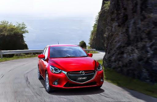 2015-Mazda2-Demio-03.jpg