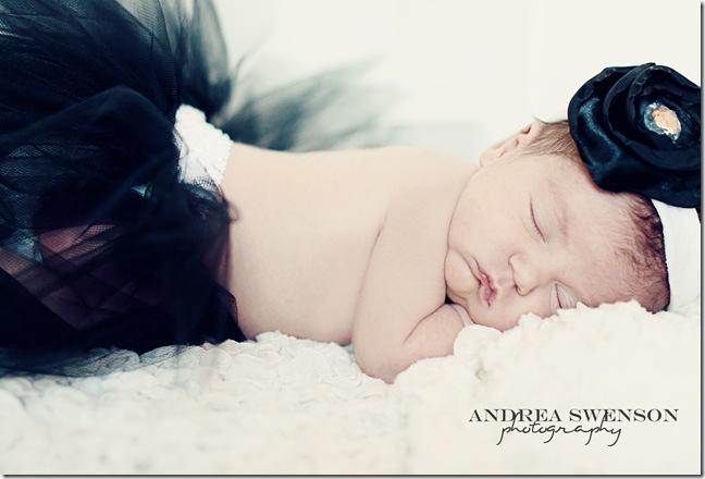 Baby Ellie 060