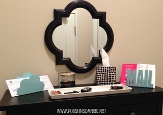 Inviting Entryway using Isaac Mizrahi for #KleenexStyle