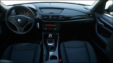BMW-X1-2.8i-2012_i04