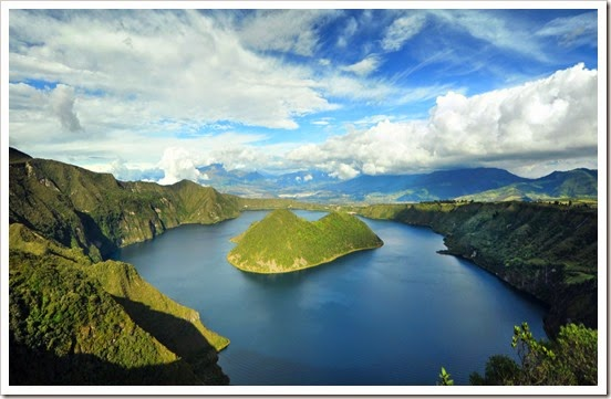 Cuicocha Lake Ecuador_2