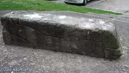 Piedra de Roldán - Urroz - Villa