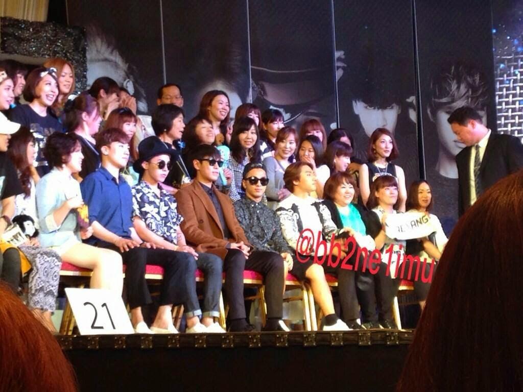 Big Bang - Lotte Fanmeeting - 07jun2014 - Fan - bb2ne1imu - 10.jpg