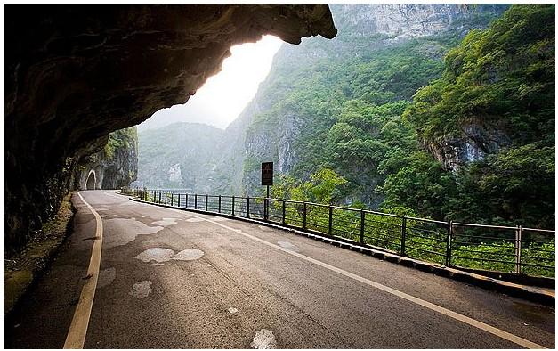 01_road.jpg