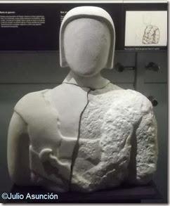 MAHE - torso de guerrero ibérico