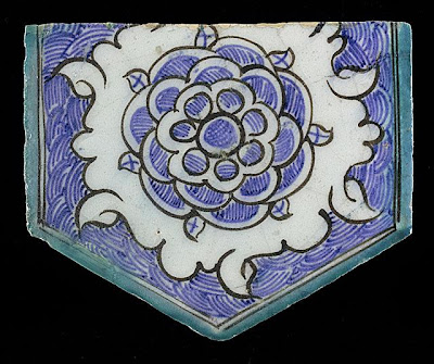 Tile | Origin: Syria or Egypt | Period:  15th century | Collection: The Madina Collection of Islamic Art, gift of Camilla Chandler Frost (M.2002.1.769) | Type: Ceramic; Architectural element, Fritware, underglaze-painted, Height: 5 3/4 in. (14.6 cm); Width: 6 3/4 in. (17.14 cm)