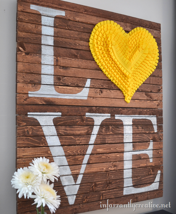 DIY LOVE Pallet Art