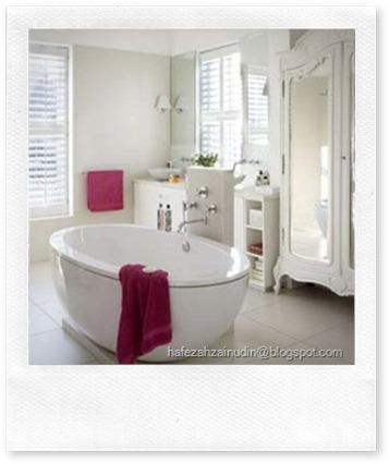 French-style-bathroom