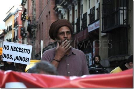 Марш атеистов в Мадриде. 20 апреля 2012 года
