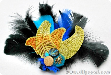 FeatherBrooch