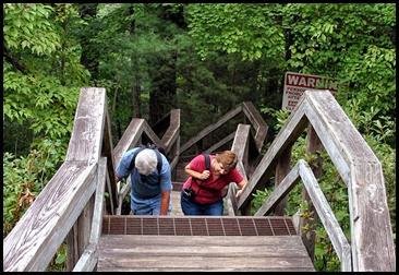 25h3 - South Rim Trail - Karen and Al practicing the 300 step gorge climb
