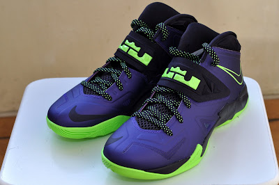 nike zoom soldier 7 gr purple black volt 3 02 Nike Zoom Soldier VII Court Purple/Flash Lime is Now Available!
