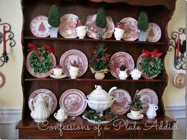CONFESSIONS OF A PLATE ADDICT Christmas on the Hutch