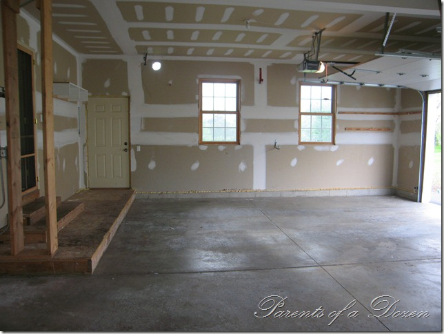 Parents of a dozen how to epoxy a garage floor for Pictures of painted garage walls
