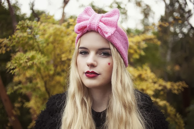 baby-pink-knitted-bow-headband-knitted-headband
